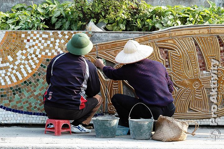 Vietnam - Hanoi - Mural Hanoi (Hanojská Keramická cesta)