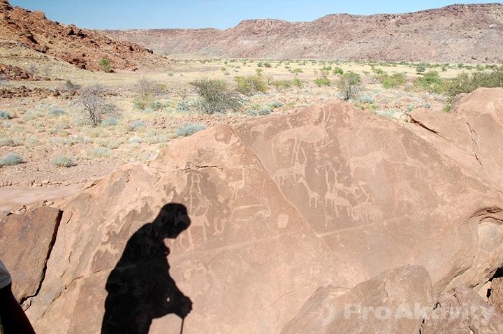 Namibie - Kaokoveld - skalní malby Twyfelfontein