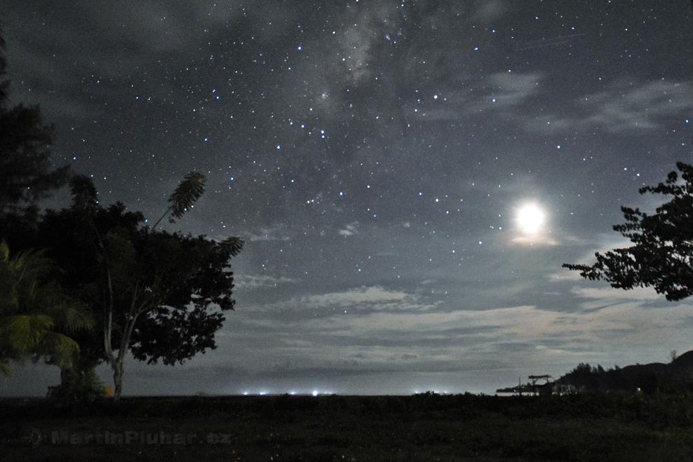 Bolihutuo, Mléčná dráha za oblačností a při úplňku