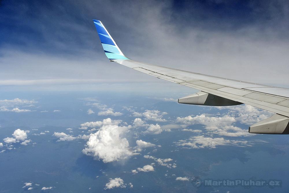 Někde nad středním Sulawesi
