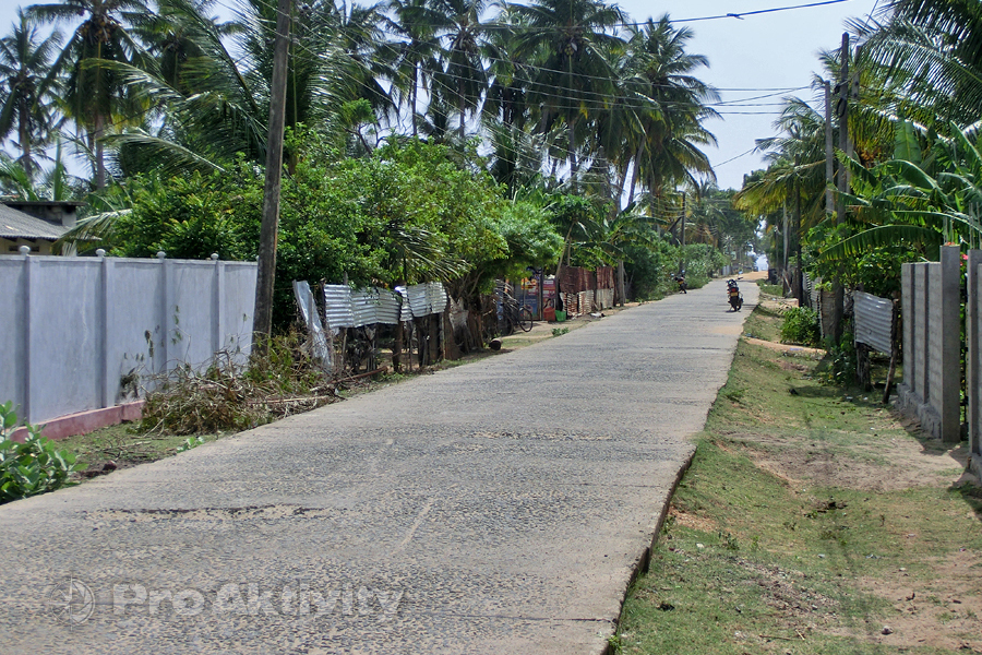 Šrí Lanka - Nilaveli - ulice
