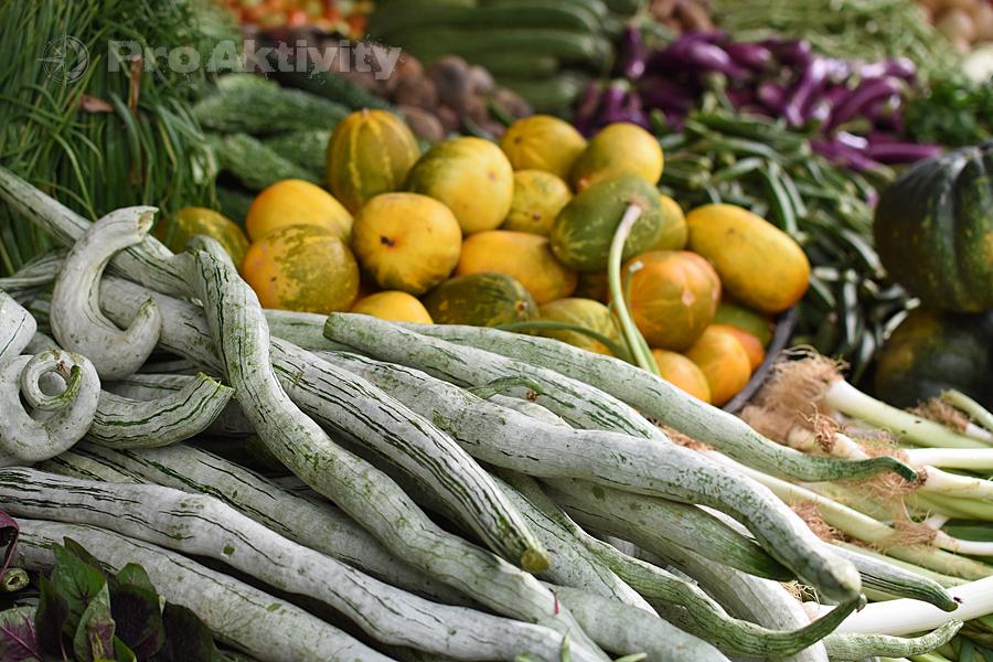 Šrí Lanka - Anurádapura - stánek se zeleninou