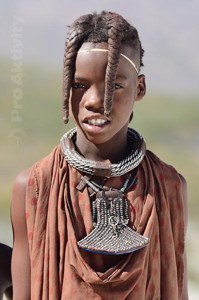 Namibie - Kunene - chlapec kmene Himba