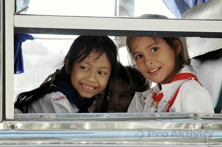 Thajsko - Prachuap Khiri Khan - školní autobus