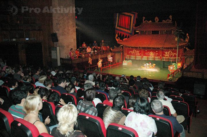 Vietnam - Hanoi - Divadlo vodních loutek Thang Long