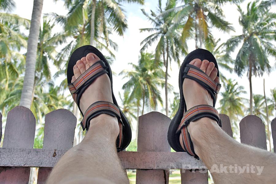 Šrí Lanka - Kalpitija - pod palmami ubytovny Palmayrah