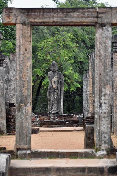 Šrí Lanka - Polonaruva - Atadágé, svatyně z 11. století