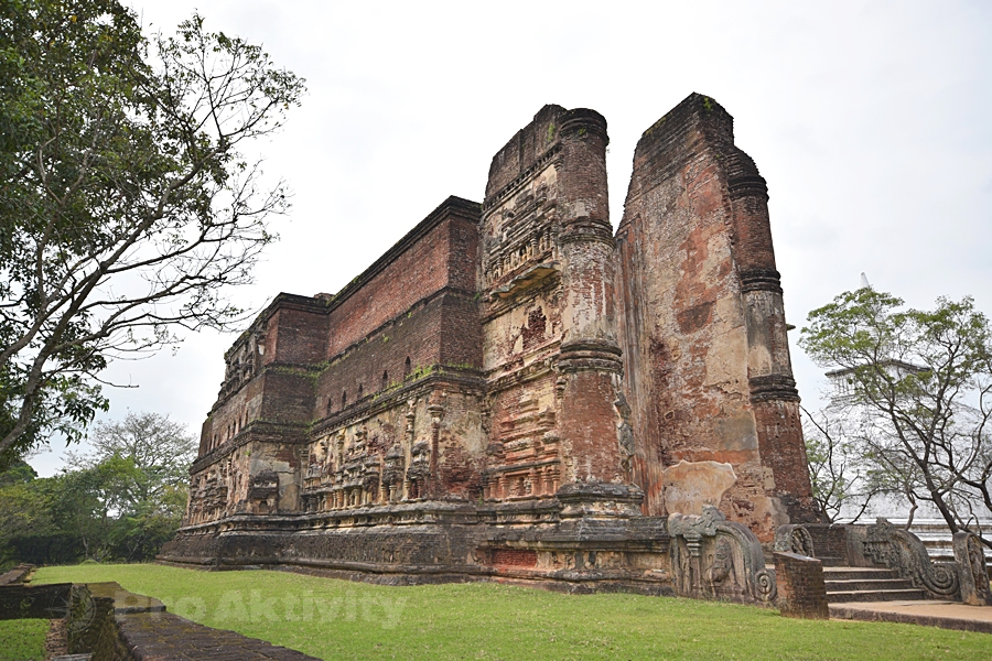 Šrí Lanka - Polonaruva - chrám Lankátilaka