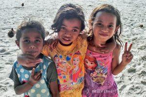 Moluky, Keiské ostrovy - Malý Keiský ostrov - Ngurbloat - kámošky