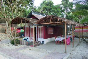 Moluky, Keiské ostrovy - Malý Keiský ostrov - Ngurbloat - naše ubytování