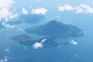 Moluky - nad Bandskými ostrovy