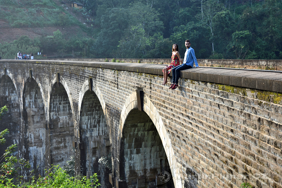 Ella - Devítiobloukový most - zapózovali mi i instagraměři @elmonalama