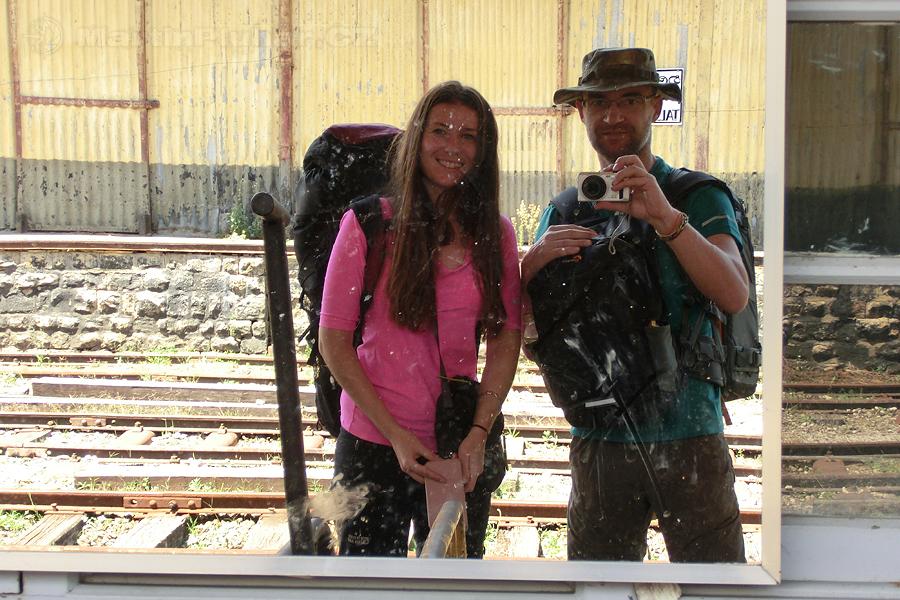 Talawakelle - Čekáme na vlak